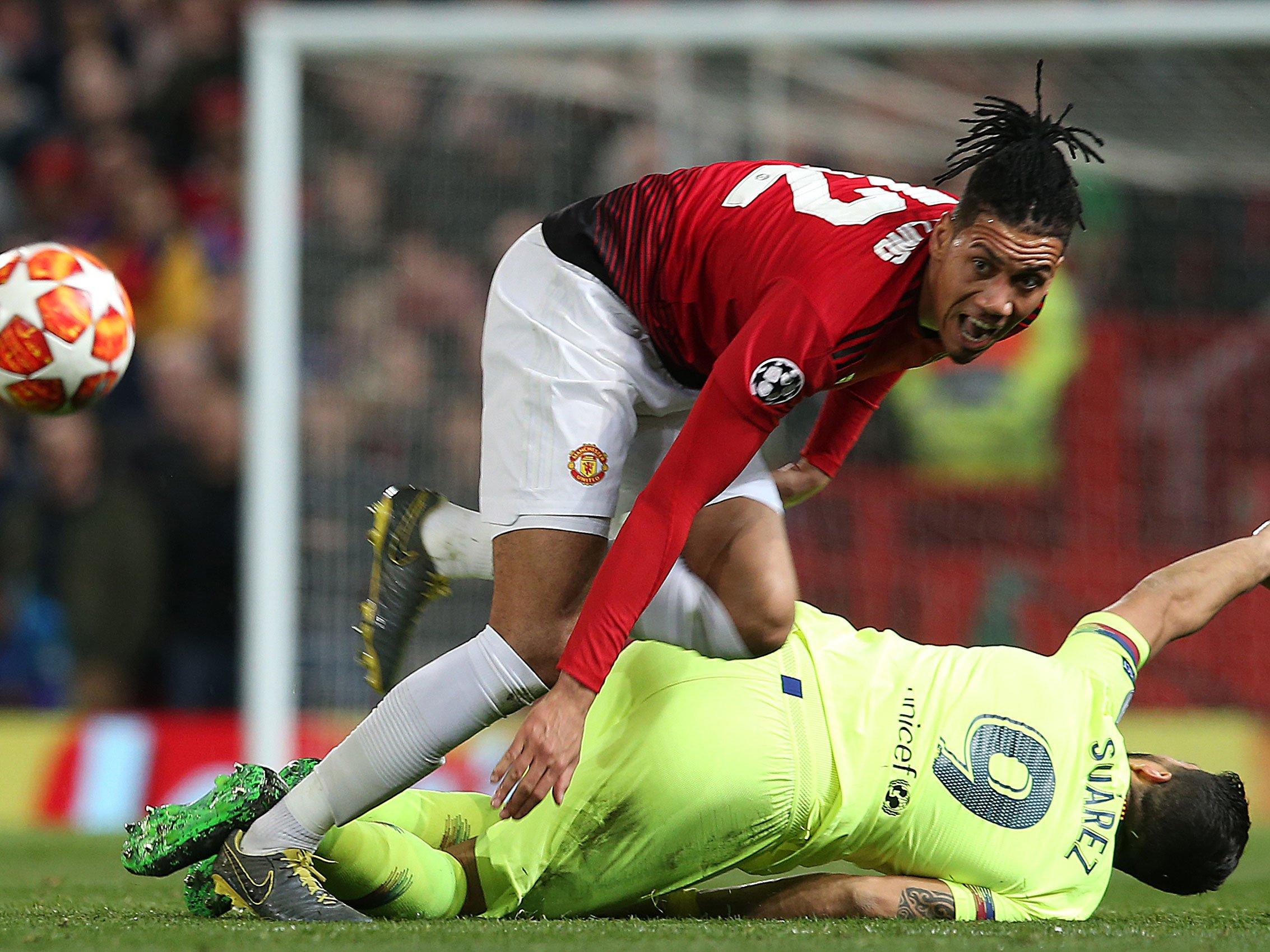 Chris Smalling reveals what Messi said after terrible collision on Wednesday